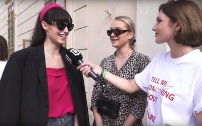 Co máš na sobě a kolik to stálo? Známých osobností jsme se na pražském Fashion Weeku ptali na cenu drahých kousků oblečení