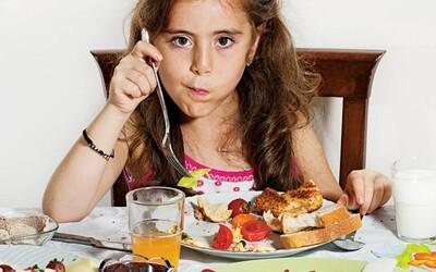Čo raňajkujú deti v rôznych kútoch sveta?