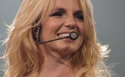 Čo sa stalo s princeznou popu Britney Spears, a prečo nemôže bez povolenia míňať svoje zarobené peniaze?