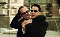 Co se děje v traileru na Matrix 4? Vrátí se mladý Morpheus a nový Agent Smith a jak je možné, že žijí Neo a Trinity?