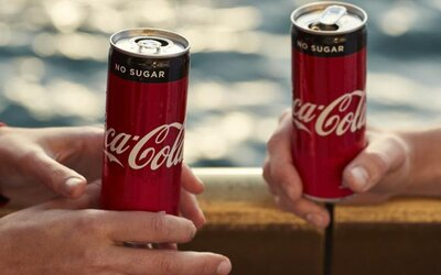 Coca-Cola ruší Zero, uvádza nový nápoj bez cukru a bude ho rozdávať úplne zadarmo. Má vraj chutiť identicky ako originálna kola