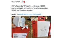"""Colníci sa chválili zabavenými """"fejkovými AirPods"""" za státisíce. V skutočnosti šlo o originálne slúchadlá od OnePlus"""