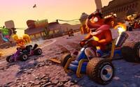 Crash Team Racing je späť! Obľúbené preteky s vypúšťaním rakiet si v novom grafickom kabátiku zahráme už budúci rok