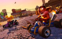 Crash Team Racing je zpátky! Oblíbené závody si v novém grafickém kabátku zahrajeme už příští rok