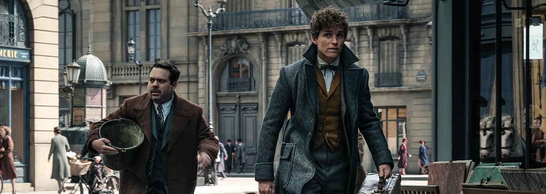 Credence sa v Paríži snaží zistiť, kým je, Grindelwald dáva dokopy armádu na zotročenie ľudstva a Newt sa ocitne v strede všetkého