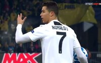 Cristiano Ronaldo nešťastně zrušil pohádkový gól spoluhráče. Juventus tak nakonec prohrál