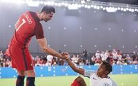 Cristiano Ronaldo si v najnovšej prepracovanej reklame pre Nike vymenil telo s mladým chlapcom. Ako to dopadlo?