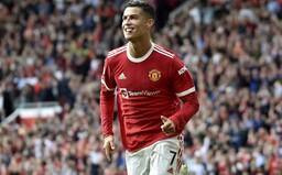 Cristiano Ronaldo údajne zarobil Manchestru United na predaji dresov už 220 miliónov eur