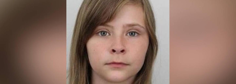 Čtrnáctiletá dívka se po večerní procházce Prahou nevrátila domů. Policie po ní pátrá