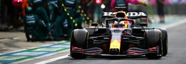 F1: Dramatická VC Ruska. Tragédia v závere pre skvelého Norrisa, 100. víťazstvo Hamiltona a fenomenálny výsledok Verstappena