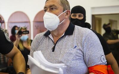 ZÁZNAM: Kováčik sa na súde smial, keď padali otázky na jeho vzťah so šéfom mafiánskej skupiny takáčovcov