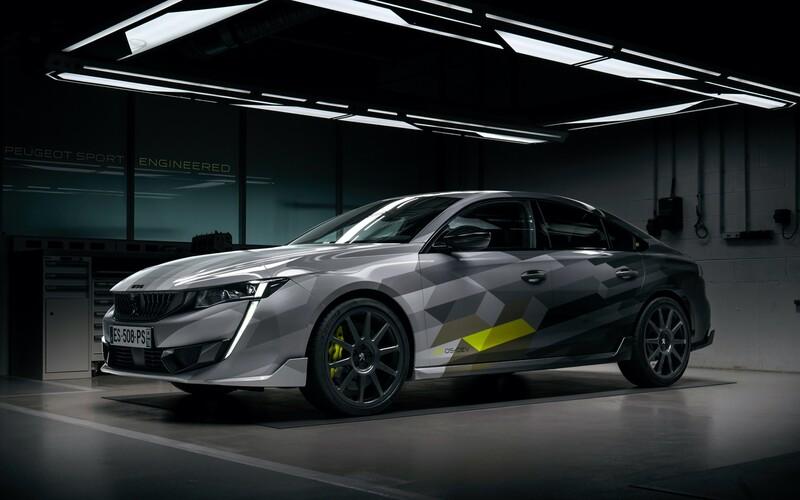 Nová 508 v ostré verzi Sport Engineered je nejvýkonnější a nejrychlejší Peugeot současnosti.