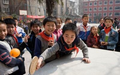 Čínští zákonodárci navrhli zákon, podle nějž by rodiče byli trestáni za špatné chování jejich dětí.