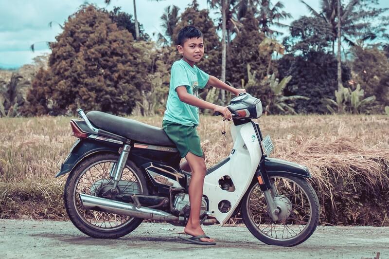 Kto sa nemôže prepravovať na motocykli?