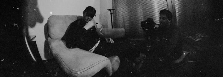 Zpěvák a raper Calin z Comebackgangu představuje novinku MED, na níž dokazuje své hudebnické schopnosti