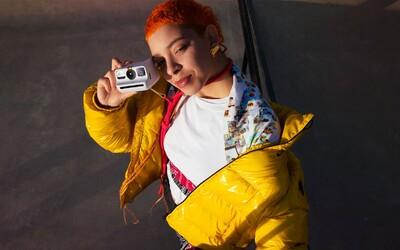 Polaroid Go je ešte menší instantný analógový fotoaparát pre hipsterov