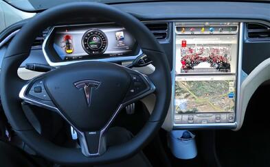 Dá sa elektromobil Tesla ukradnúť? Čo je pripojené k internetu, bezpečné zrejme nikdy nebude