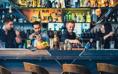 Štipendijný barmanský program Scholarship pokračuje online. Jedným z víťazov je opäť Slovák.