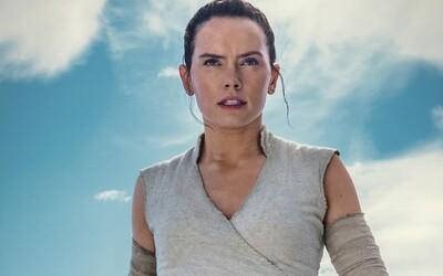 Daisy Ridley: Kritiku a hnev na The Last Jedi chápem. Tešiť sa však môžeme na epický súboj s Kylo Renom