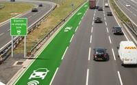 Dálnice dobíjející elektromobily přímo za jízdy? Realitou už v letošním roce!