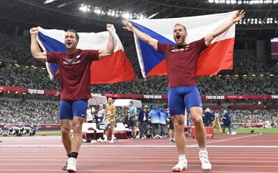 Další medaile pro Česko! V Tokiu uspěli oštěpaři Veselý a Vadlejch
