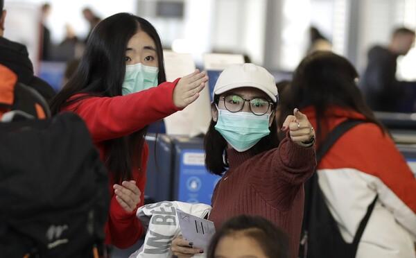 Další podezření na koronavirus v Česku: žena přiletěla z Číny na Ostravsko a onemocněla