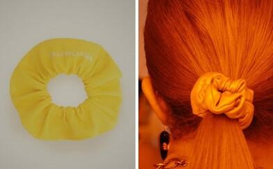 Ďalšia predražená zbytočnosť? Balenciaga predáva náramok, ktorý vyzerá ako obrovská gumička do vlasov