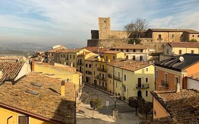 Ďalšia talianska dedinka ponúka domy za 1 €, tentokrát sú podmienky oveľa jednoduchšie
