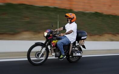 Rozloučíme se benzinem a naftou? Ekologický motocykl z Brazílie ujede na litr vody i 500 kilometrů