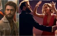 Daniel Radcliffe bude utekať z väzenia a Seth Rogen zažíva románik s Charlize Theron v lákavej komédii