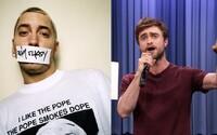 Daniel Radcliffe, rapujúci Harry Potter, sa opäť zmocnil mikrofónu a predviedol skladbu od Eminema