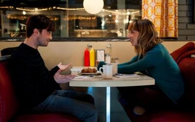 Daniel Radcliffe sa zaľúbi do zadanej Zoe Kazan v sľubnej romantickej komédii What If