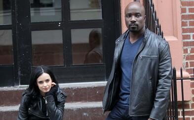 Daredevilov budúci parťák Luke Cage dostane vlastný seriál už na jeseň. Bude o politike
