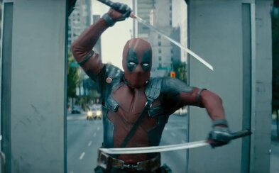 Deadpool si v doteraz najlepšom a vtipnom traileri robí srandu z Thanosa, DCEU, tvorcov Wolverina a katanami neúspešne krája Cableove náboje