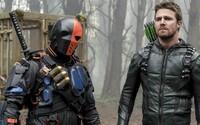 Deathstroke sa vracia do Star City v novom traileri pre 6. sériu Arrowa. Bude nakoniec Oliverovi pomáhať?