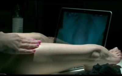 Delik opisuje Netradičný vzťah v kontroverznom videu zo Slobody