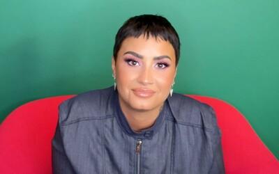 Demi Lovato nevyloučili, že se v budoucnosti mohou identifikovat jako trans osoba