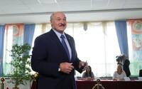Demonstrace v Bělorusku jsou řízeny z Česka, tvrdí Lukašenko