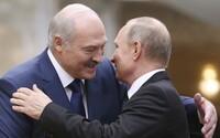 Demonstrující ovce řídí loutkaři z České republiky, tvrdí Lukašenko