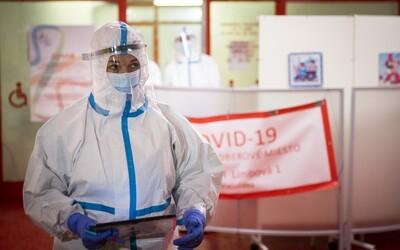 Denní nárůst nakažených: V Česku přibylo 2 560 případů, zemřelo již přes 29 tisíc lidí