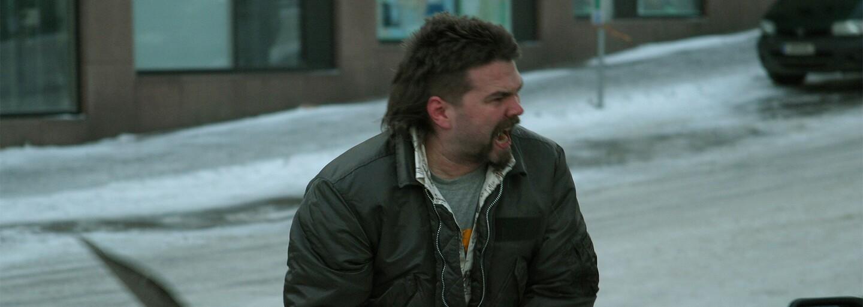 Depresívna filmová mozaika nazerajúca na alkoholizmus, nezamestnanosť a ďalšie problémy modernej spoločnosti