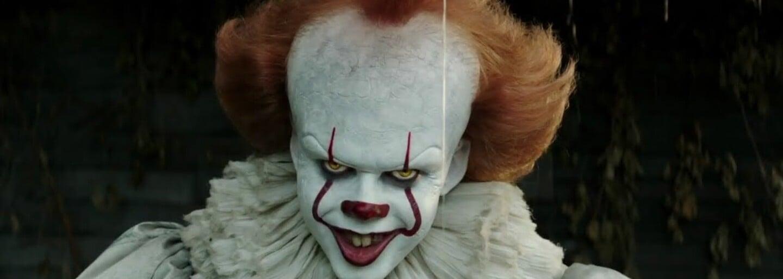 Děsivý klaun Pennywise, skvělé herecké výkony a kombinace žánrů dělají z It jeden z nejlepších hororů posledních let (Recenze)