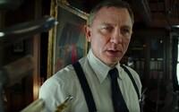 Detektív Daniel Craig vyšetruje hviezdne obsadenú rodinu podozrivých v štýlovej kriminálke od režiséra The Last Jedi