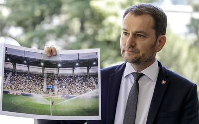Život musí bežať ďalej, odkazuje Matovičovi futbalový klub z Dunajskej Stredy. Žiadnu cestu do pekla na tribúnach nevidia.