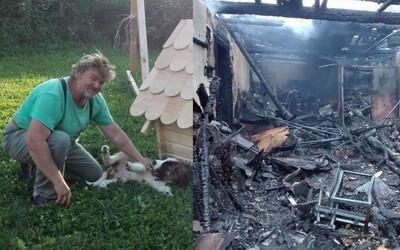 Dielňu slovenského drevorezbára podľa majiteľa niekto úmyselne podpálil. Výroba ekologických hračiek sa tým ocitla v kríze