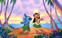 Disney spraví z animáku Lilo a Stitch hraný film s reálnymi hercami a malou CGI príšerkou