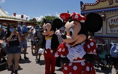 Disneyland na Floridě se opět otevřel. Ve stejný den přibyl v americkém státě rekordní počet nakažených