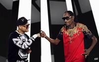Dlhoočakávaná spolupráca Tomiho Popoviča a Snoop Dogga je na svete. Vypočujte si skladbu Say Say Say