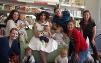 Do britských škôlok chodia muži oblečení za ženy. 2-ročné deti učia o transsexualite a tolerancii k LGBTI