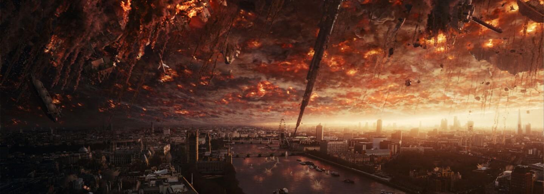 Doba pokročila, no Deň nezávislosti 2 akoby zaspal v 20. storočí a pokračovanie kultového sci-fi tak už nestíha (Recenzia)